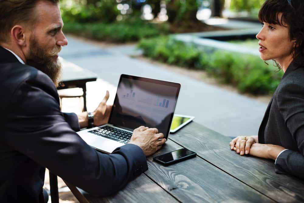 Apprentissage comportemental : apprendre à conduire un entretien avec Dialogue