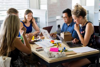 E-learning: les apprenants peuvent-ils être formés au savoir-être (comportemental)?