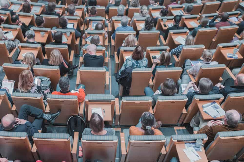 Comment former ses salariés avec un MOOC d'entreprise ?